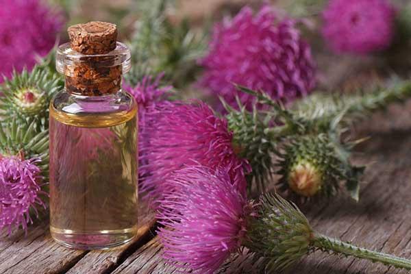 Маска от выпадения волос с репейным маслом и витаминами