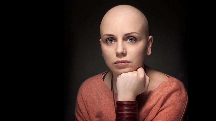 Как остановить выпадение волос у женщин в домашних условиях
